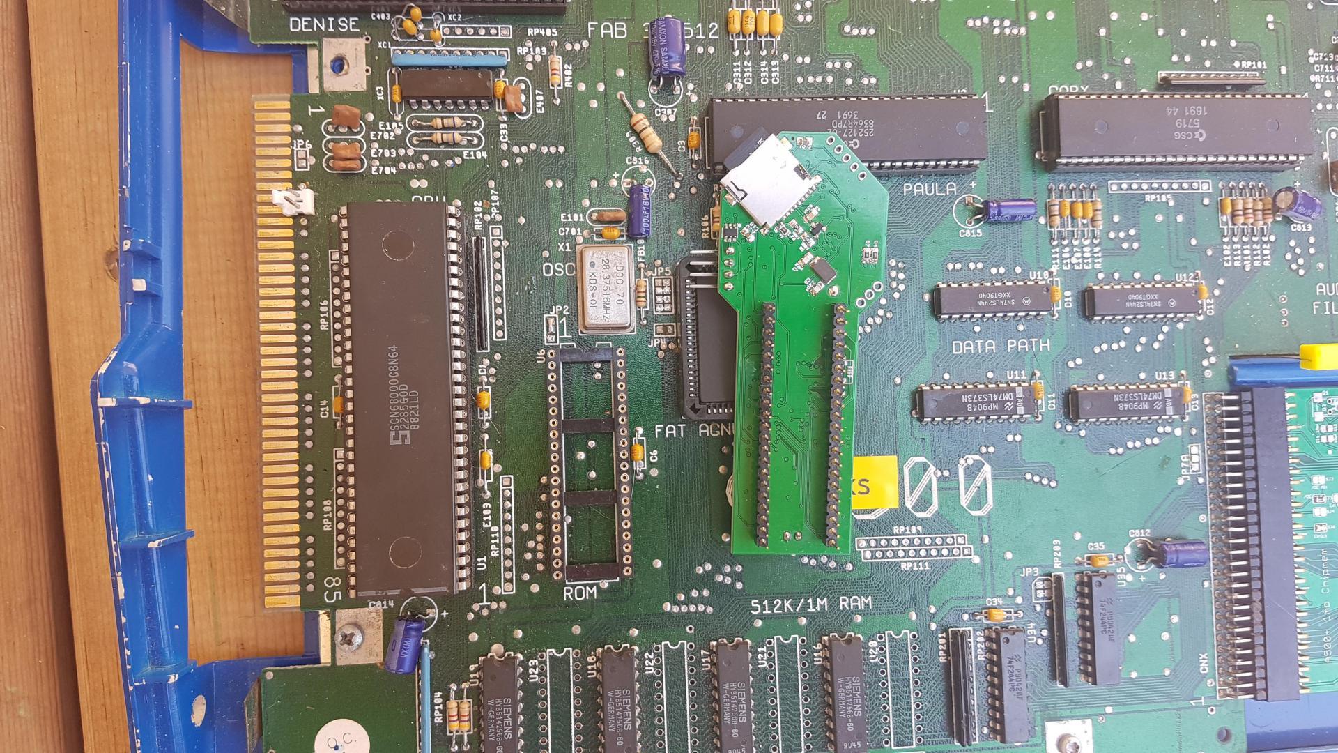 Klikněte na obrázek pro zobrazení větší verze  Název: romulatorbottom.jpg Zobrazeno: 50 Velikost: 425,4 KB ID: 9611