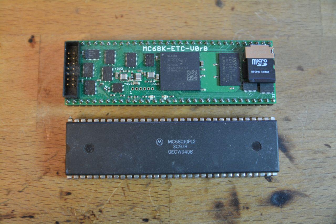 Klikněte na obrázek pro zobrazení větší verze  Název: FPGA mit SD-k.jpg Zobrazeno: 76 Velikost: 217,9 KB ID: 9775